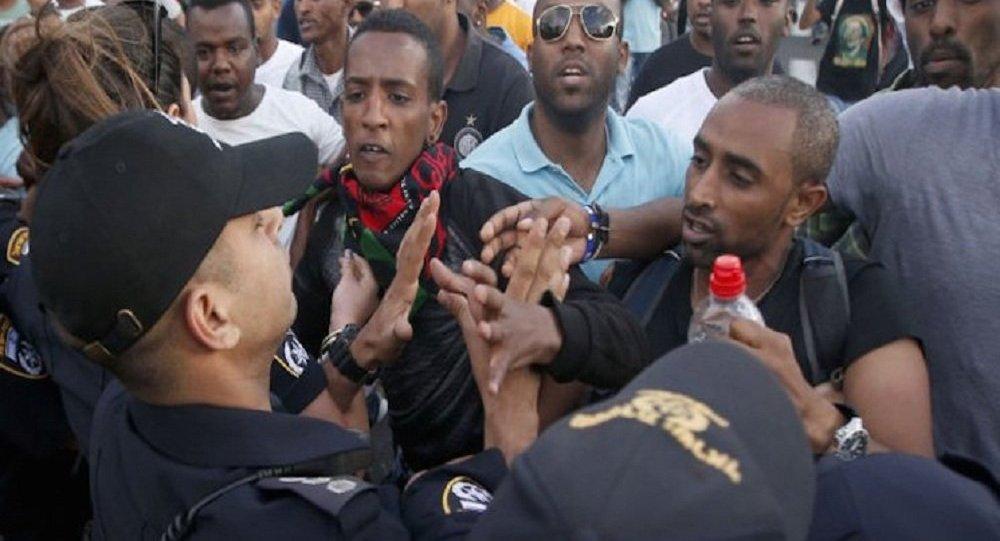 مقتل أكثر من 50 شخصا في تدافع لمحتجين بإثيوبيا
