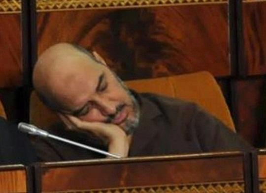 """الفضيحة: البرلماني المقرئ أبو زيد.. """"مافيا الدين والمال""""..راكم ثروة قدرت بالملايير وأخذ أموالا أجنبية"""