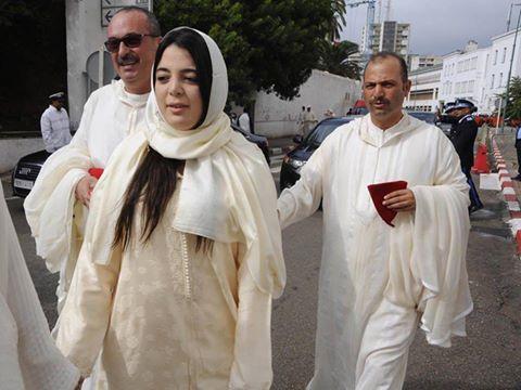 قالتها الصورة: البرلماني المحرشي يحرس إبنته في البرلمان