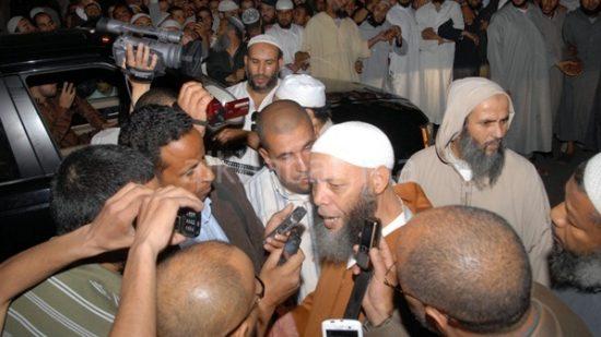 البام ينفي علاقته بشأن إعادة فتح دور القرآن بمراكش ويتبرأ من المغراوي