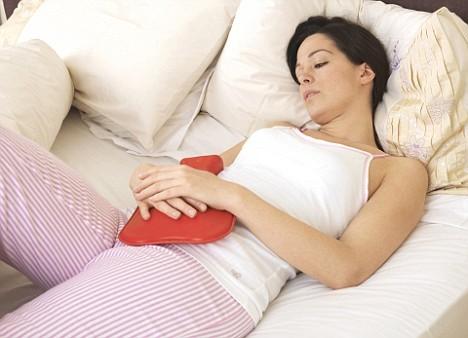كيف  تقلل من غضب زوجتك أثناء العادة الشهرية؟
