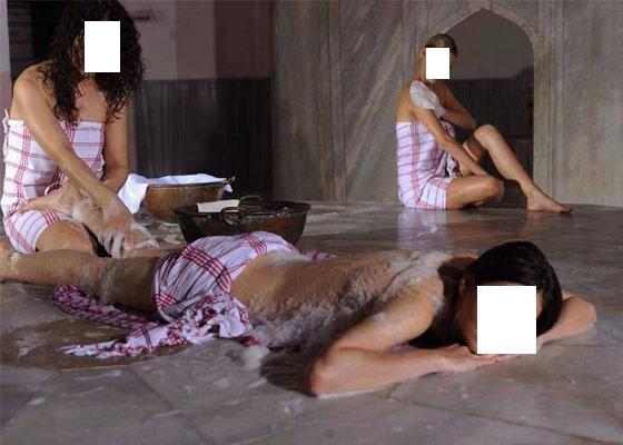 """من غرائب الحملة الانتخابية: مرشح البام بفاس الملياردير """"اللبار"""" يدخل 200 إمرأة للحمام"""