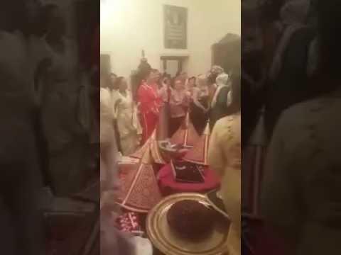 شاهد لأول مرة..الملك محمد السادس في حفل زفاف
