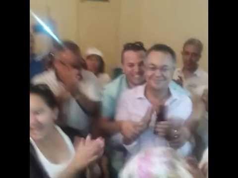 لحسن حداد يرقص فرحا بفوزه بمقعد برلماني
