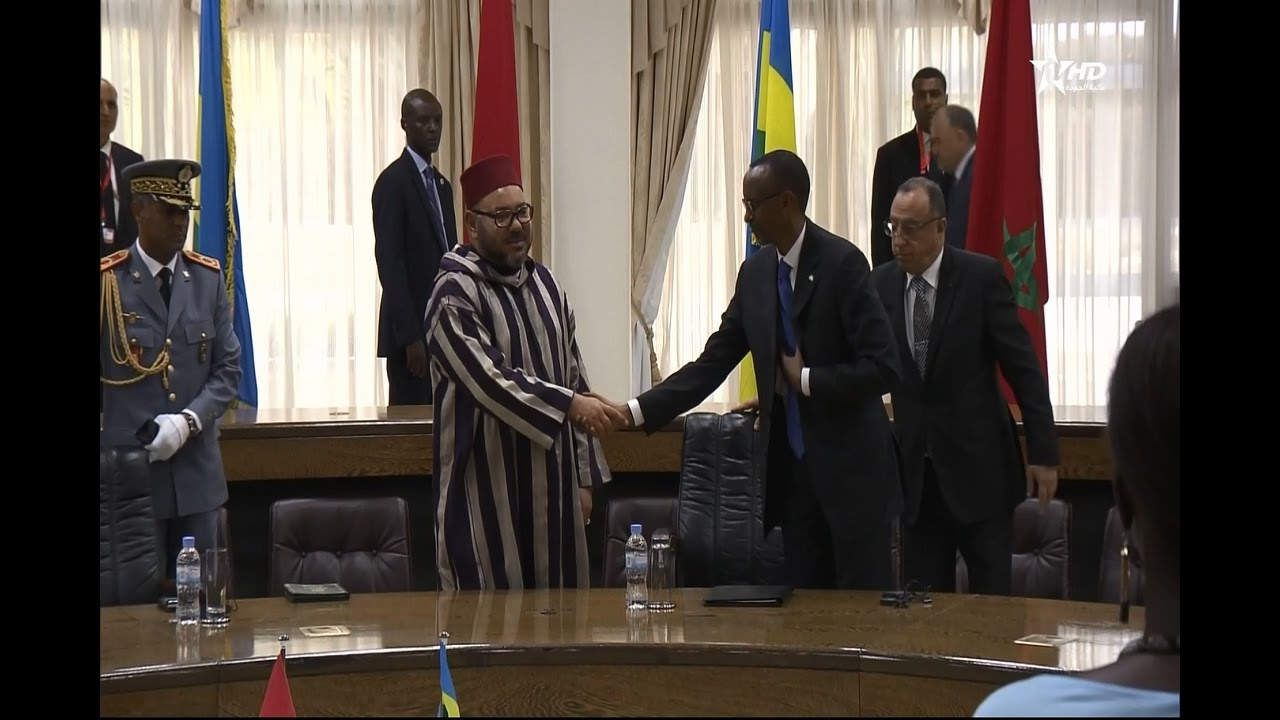 الملك محمد السادس يجري مباحثات مع الرئيس الرواندي ويترأسان حفل التوقيع على 19 اتفاقية