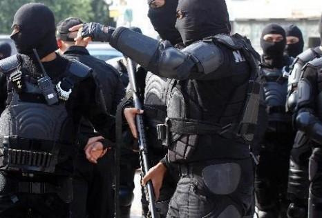 """إيقاف عنصرين مناصرين ل""""داعش"""" بطانطان وكلميم، أحدهما شقيق إحدى الموقوفات العشر ضمن الخلية الإرهابية التي تم تفكيكها مؤخرا"""