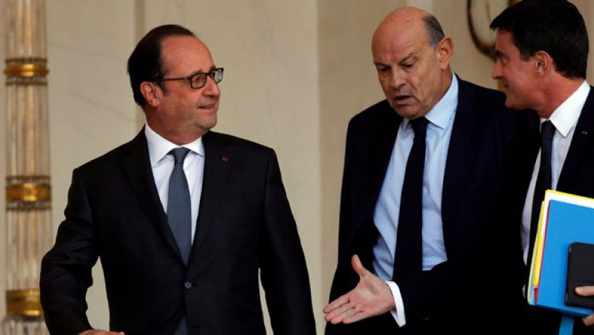 الاشتراكيون الفرنسيون لا يتوقعون الفوز في انتخابات الرئاسة