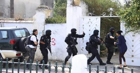 """تونس تفكك خلية """"ارهابية"""" خططت لاستهداف مسؤول كبير في الدولة"""