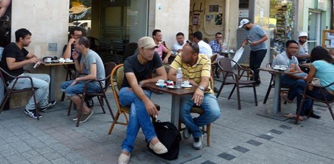 تجميد التشغيل في الوظيفة العمومية لمدة خمس سنوات بتونس