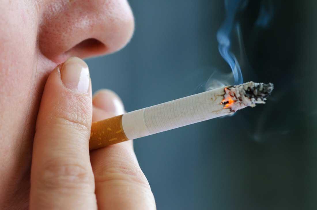دراسة: تدخين علبة سجائر يوميا يسبب 150 تحورا في خلايا الرئة كل عام