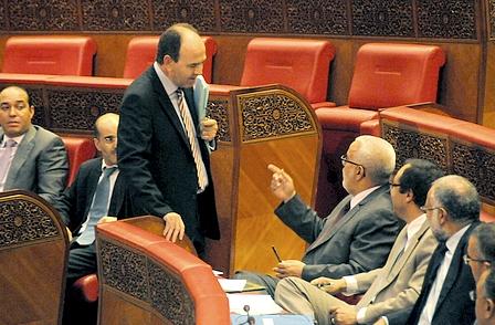 بنشماش يتهم عبد الإله بن كيران بخرق الدستور وتعطيل الغرفة الثانية للبرلمان