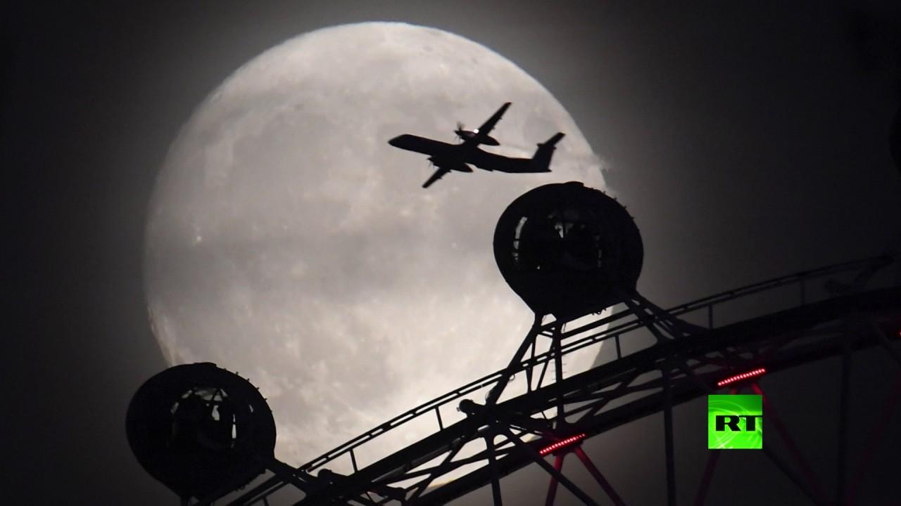هكذا ظهر القمر العملاق فجر 14 نوفمبر 2016 حول العالم
