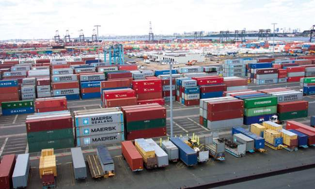 العجز التجاري المغربي يرتفع 15.8% في يناير-أكتوبر على أساس سنوي