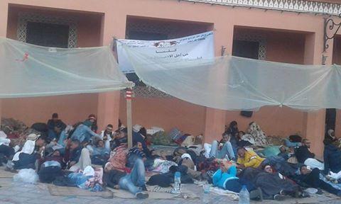صور صادمة لأصحاب القلوب الرهيفة وصارخة لأساتذة الغد في اعتصام خطير