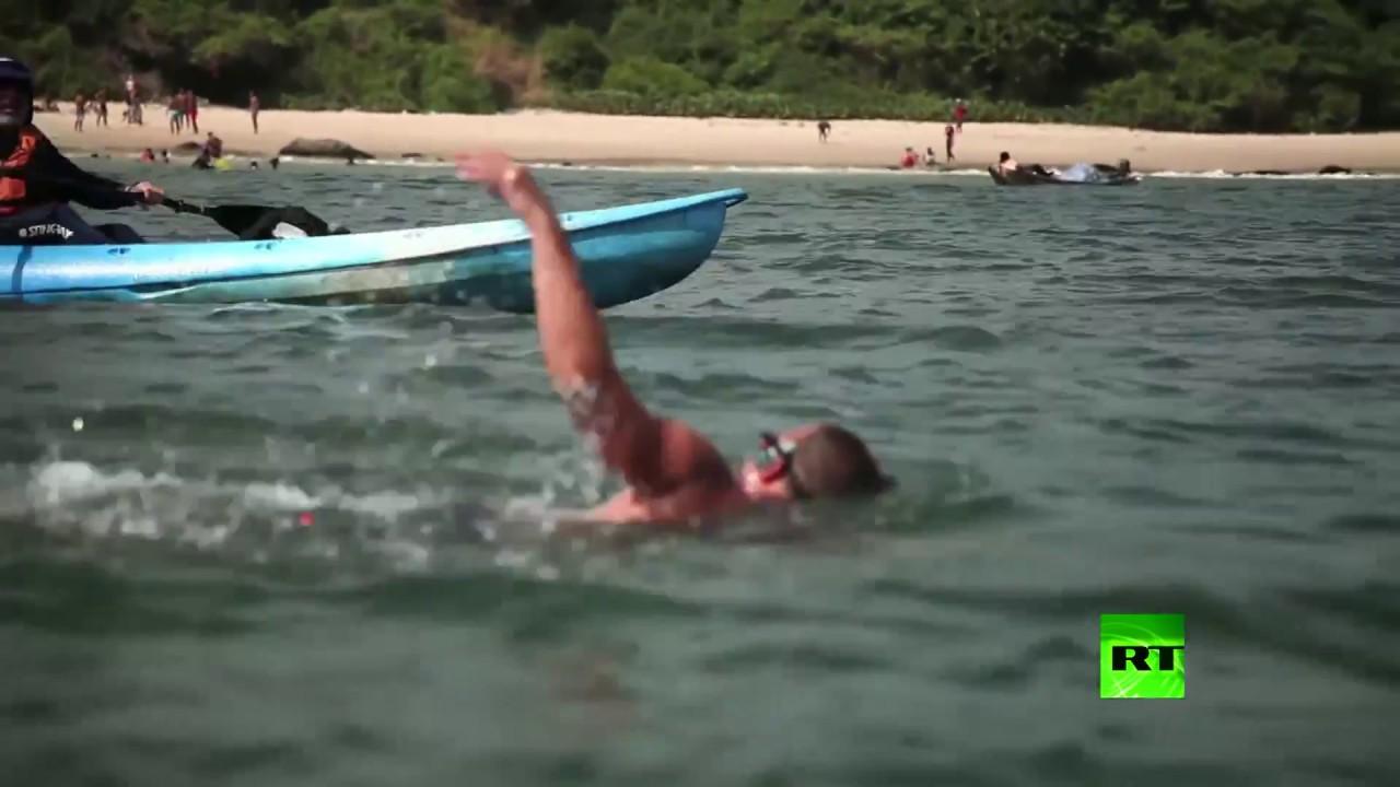 سباح بريطاني يتحدى أسماك القرش والطقس لعبور المحيط الأطلسي