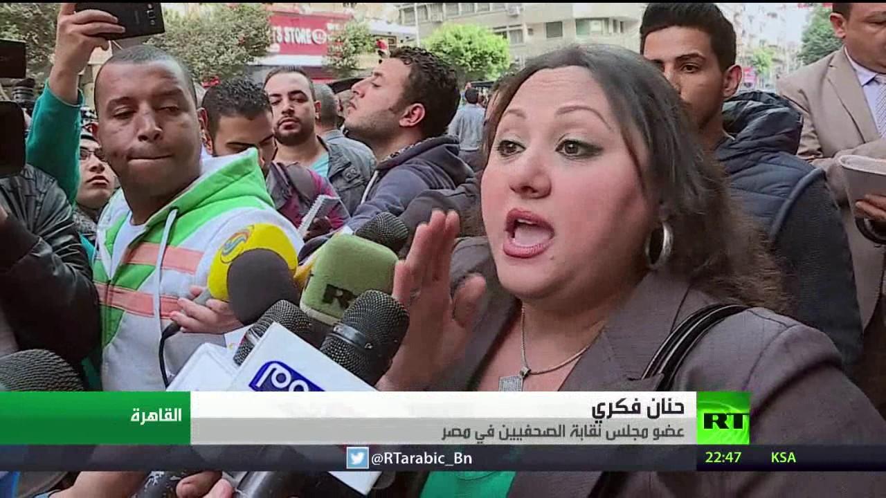 السجن عامين لنقيب الصحفيين المصريين