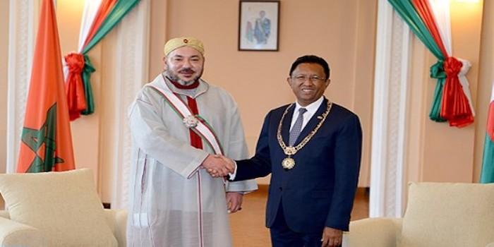 الملك محمد السادس يعطي انطلاقة أشغال بناء مستشفى للأم والطفل ومركبا للتكوين المهني بمدغشقر