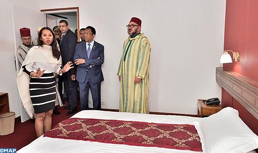 عبد الحق المريني: لحظة زيارة الملك محمد السادس، لفندق (لي تيرم) بانتسيرابي، الذي عاش فيه بطل التحرير محمد الخامس،  كانت مؤثرة للغاية