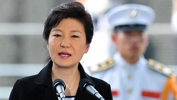 الادعاء في كوريا الجنوبية يقرر استجواب الرئيسة بشأن فضيحة سياسية