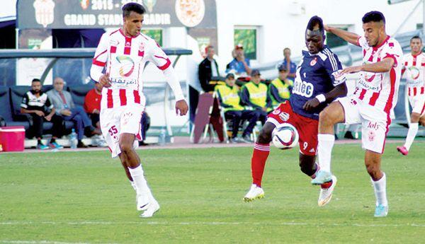فريق الوداد البيضاوي يفوز خارج ميدانه على النادي القنيطري 1-0