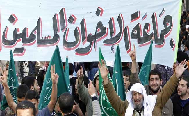 مصر تقول إنها أحبطت مخططا للإخوان المسلمين عشية احتجاجات