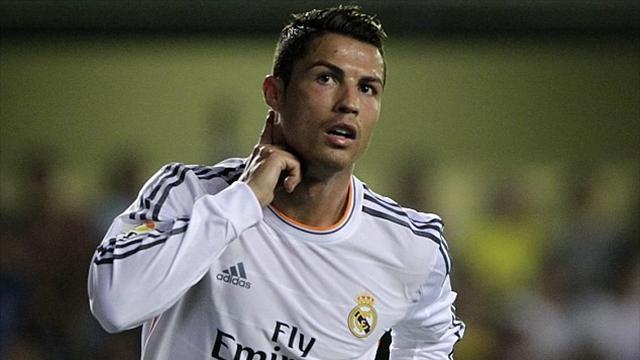 رونالدو يمدد عقده مع ريال مدريد إلى غاية 2021