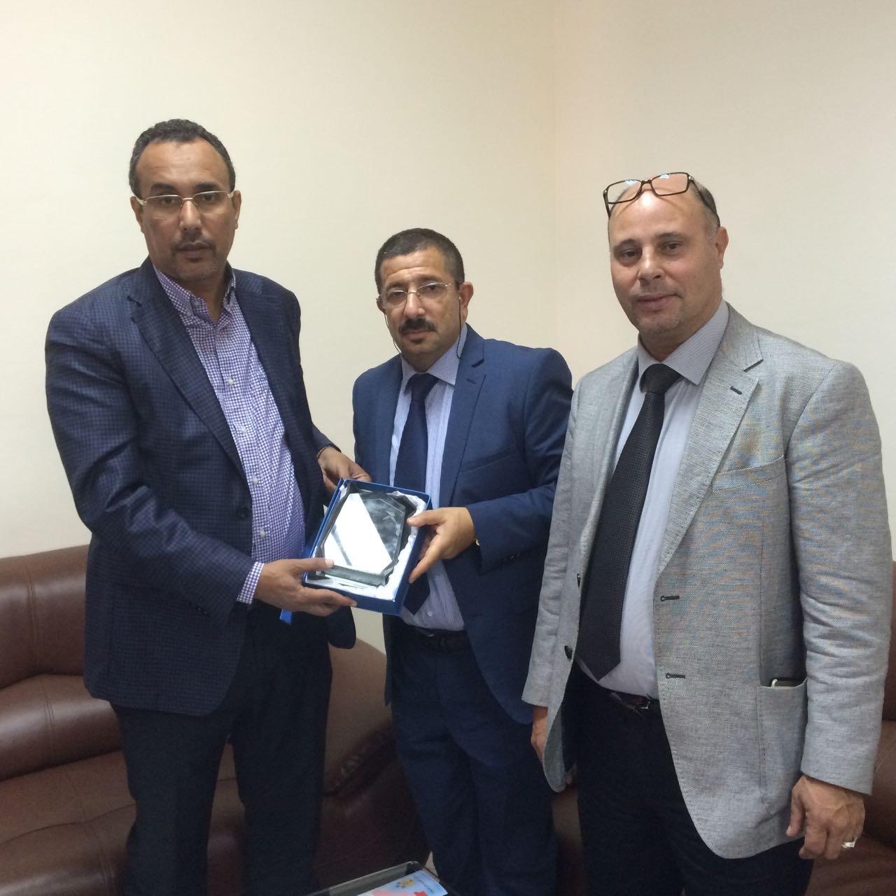 لقاءات مكثفة للمكتب التنفيذي للجامعة الملكية المغربية لكرة الطاولة بجهة الداخلة وادي الذهب