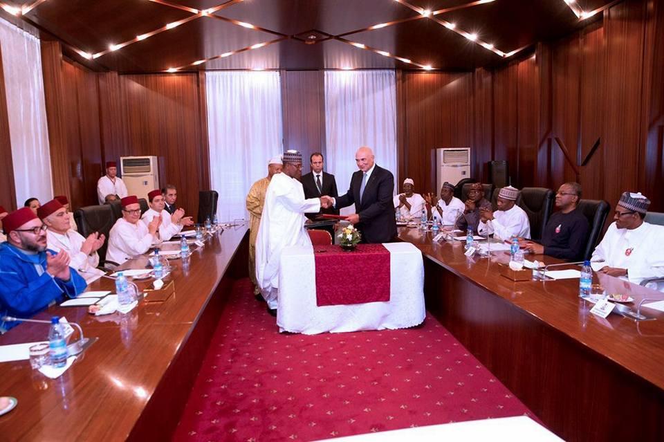 العلاقات المغربية النيجيرية تدخل مرحلة جديدة وتوقيع اتفاقيات استراتيجية